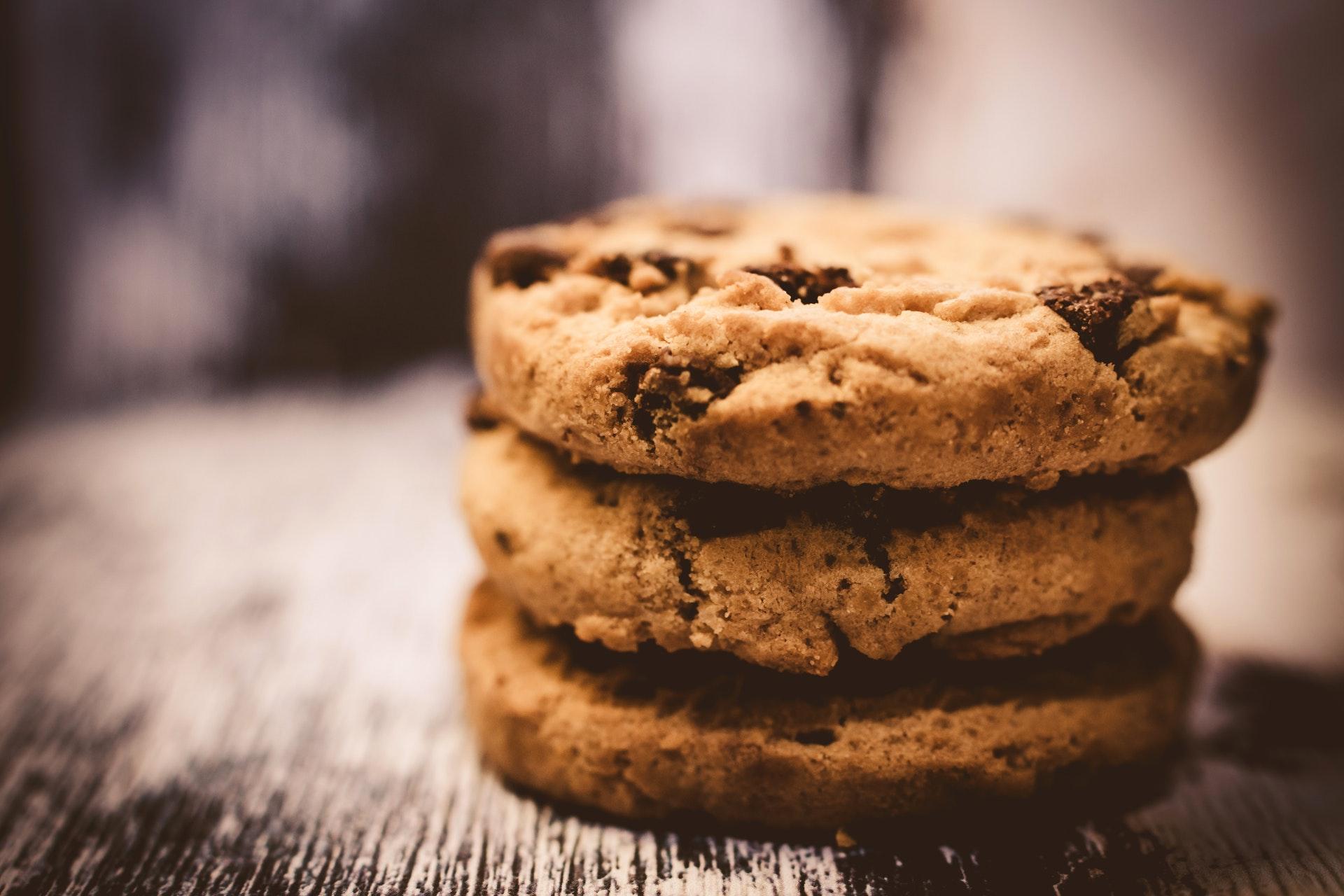 stapel met cookies